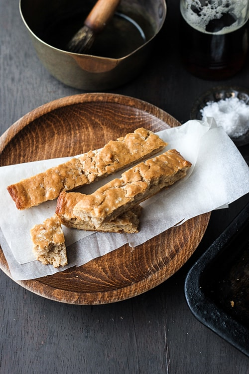 3-ingredient Beer Bread Sticks (no knead, no rise)