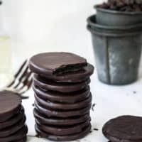 15 minute Thin Mints (3 ingredients, no bake, vegan)