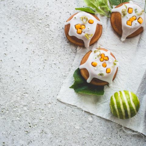 Lime, Mango and Elderflower Cakes