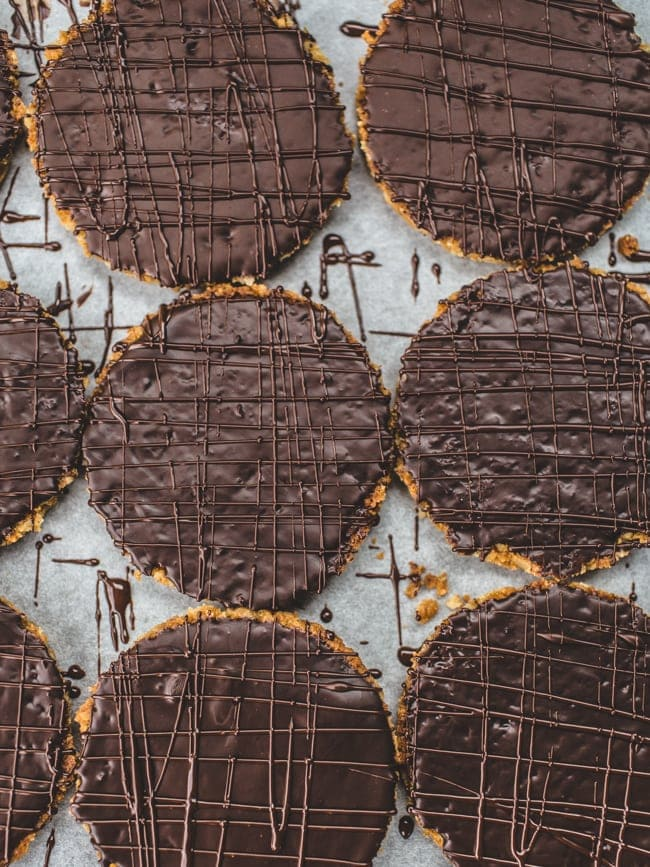 Overhead image of a tray of chocolate hobnob biscuits