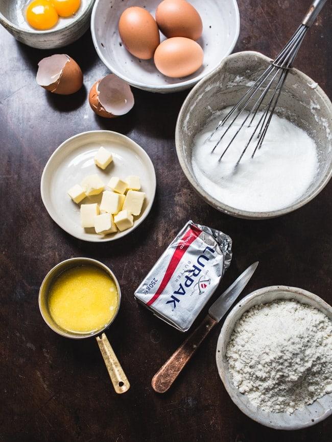 Tiramisu Swiss Roll Cake-4