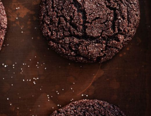Food blogger Izy Hossack makes Chocolate Crinkle Cookies