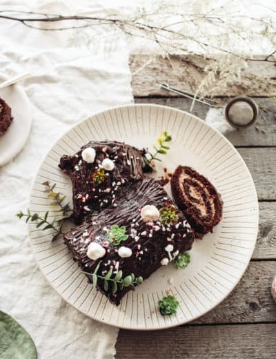 Food Blogger Izy Hossack makes Vegan Chocolate Yule Log