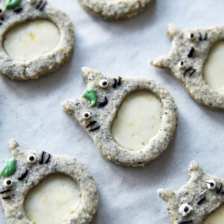 Black Sesame & Lemon Linzer Cookies