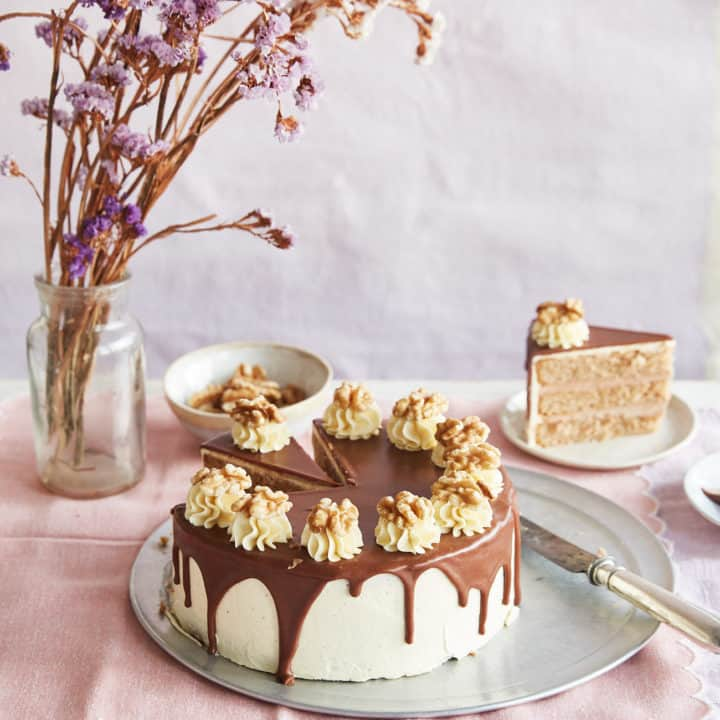 Walnut Whip Cake
